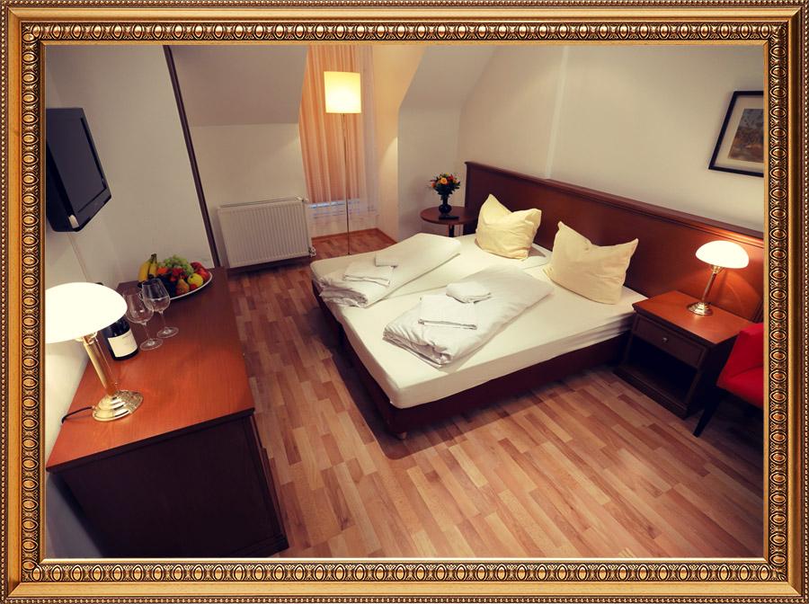il-castello-berlin-buch-restaurant-eventlocation-pension-hotel-image-16